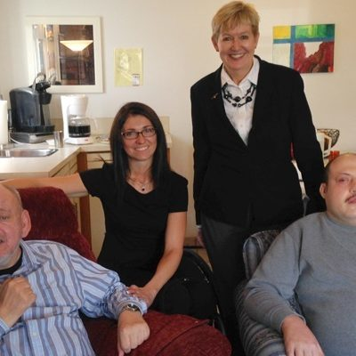 Ministers visit Woodvan residents